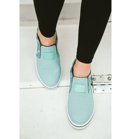 XtraTuf Salmon Sisters Sharkbyte Leather Slip-On