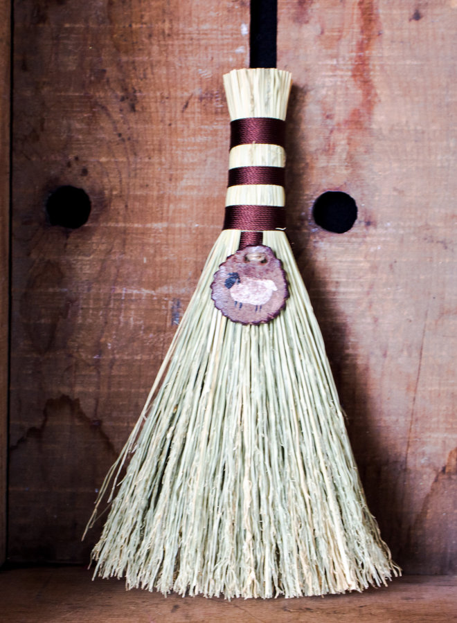The Basket Lady Whisk Broom