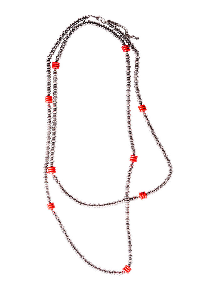 The Rockwall Turquoise with Faux Navajo Disc Pearl Necklace