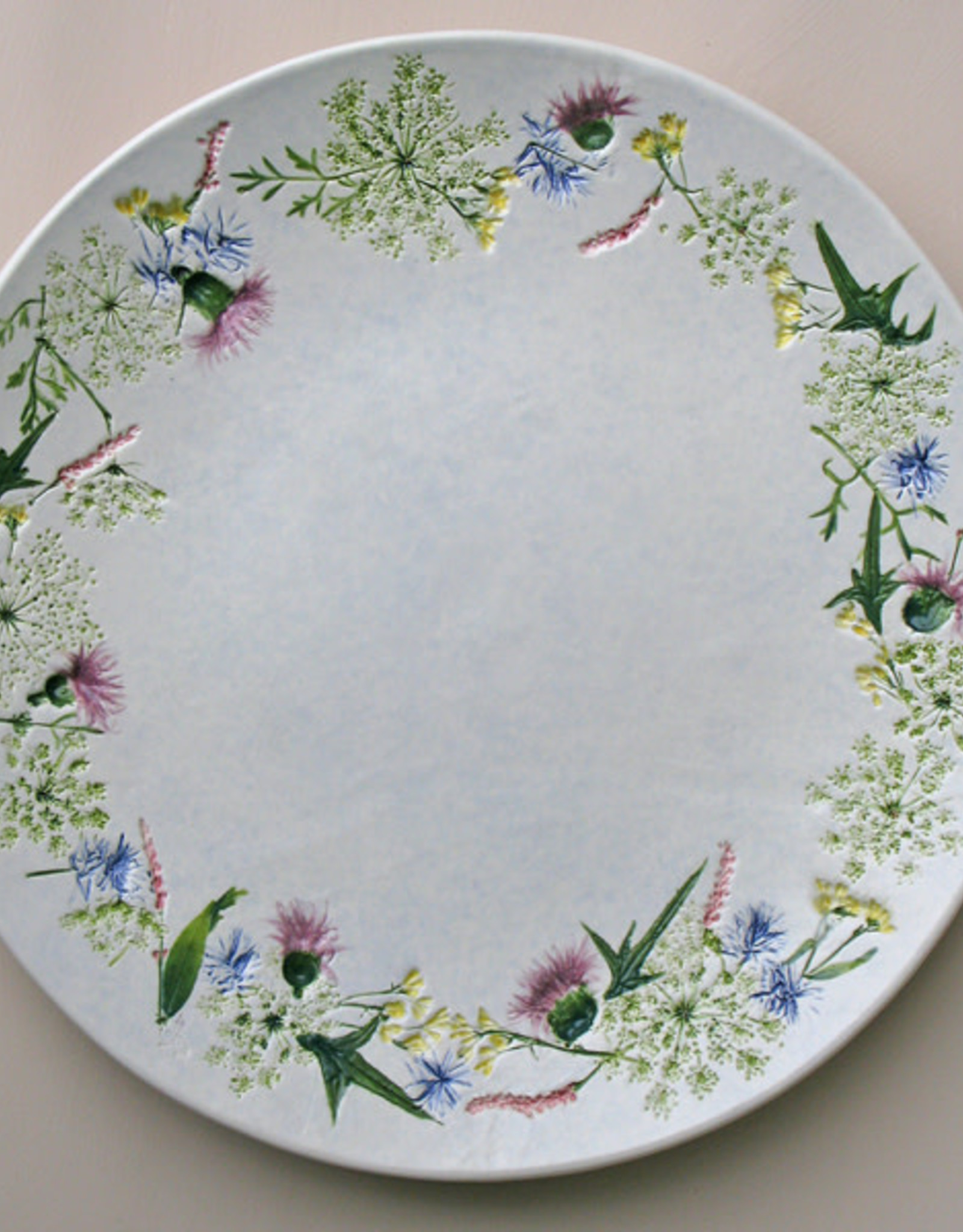 """Plate 13"""" Rounded Queen Anne's Lace Thistle"""