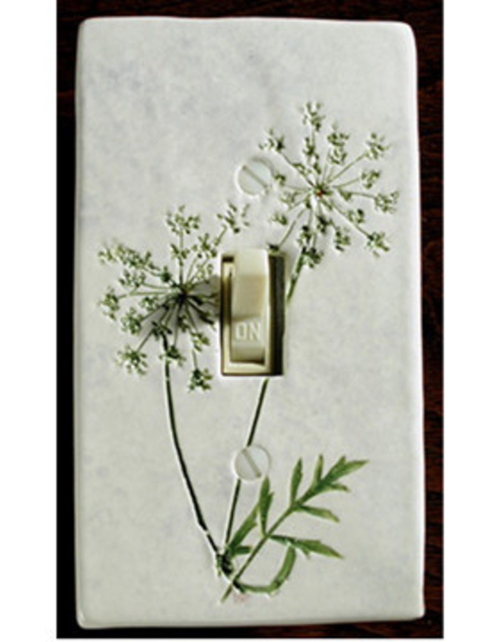 Switch Single Queen Annes Lace