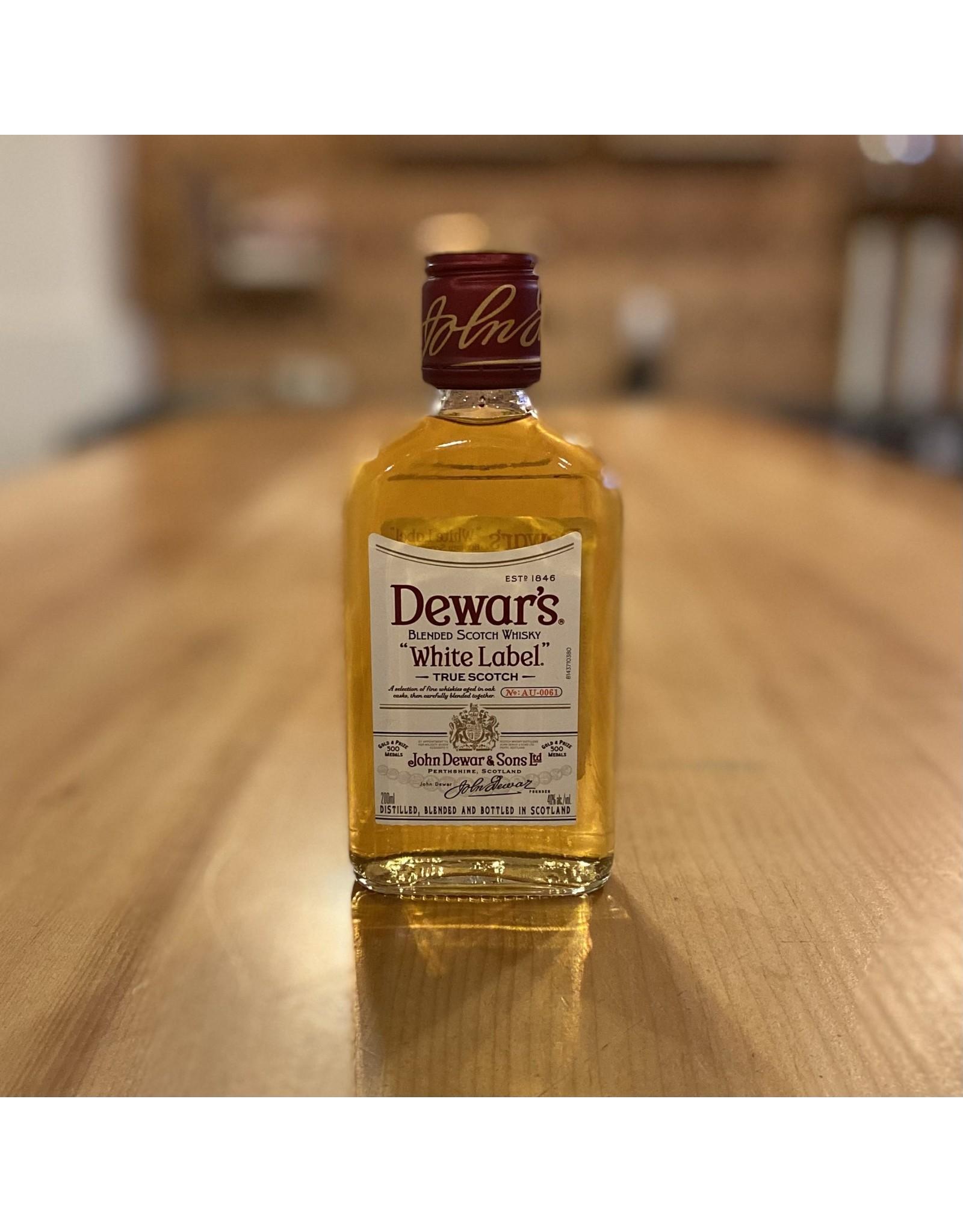 Dewar's White Label Blended Scotch Whisky 200ml - Scotland