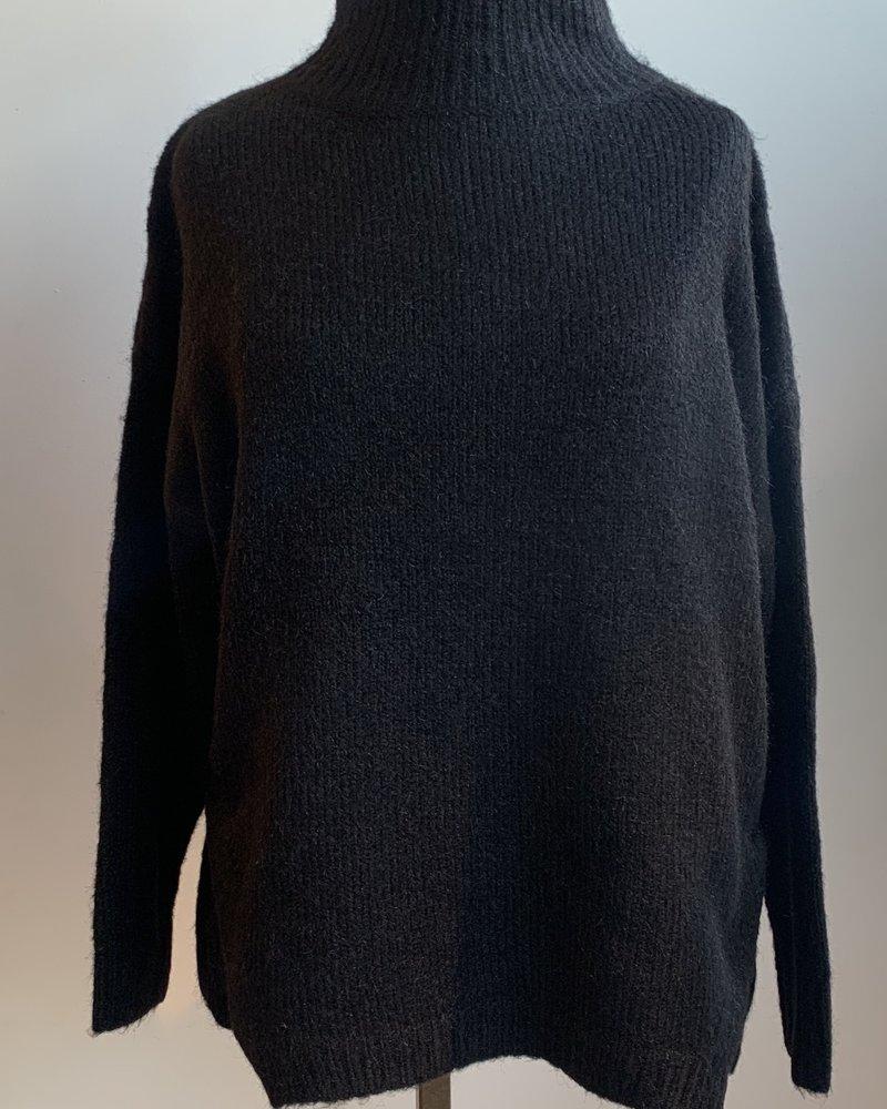 Tulu Mock Neck Sweater (2 Colours)
