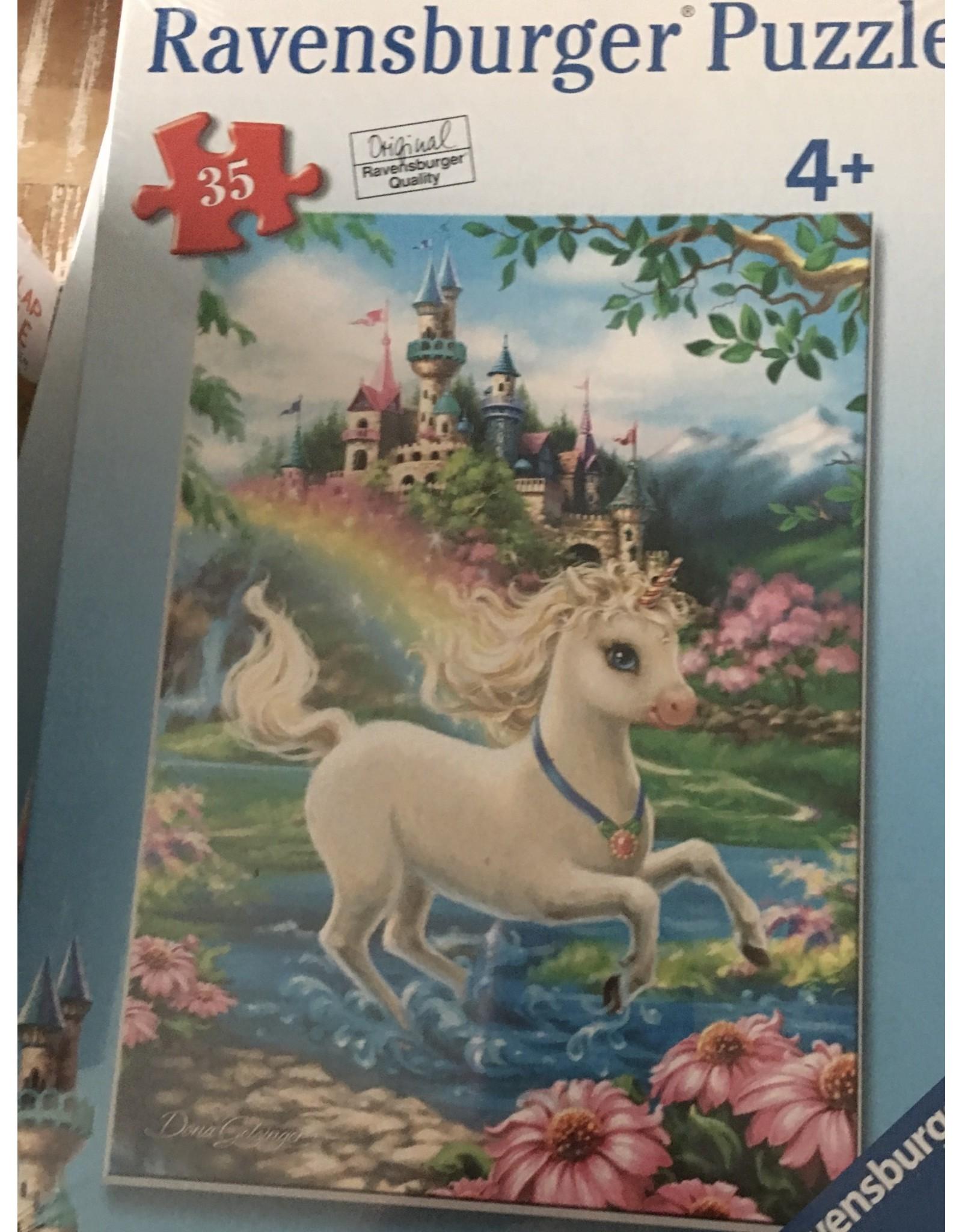 Ravensburger Puzzle Unicorn Castle 35pc