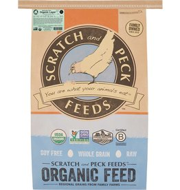 Scratch & Peck Feeds SCRATCH & PECK CHICKEN NATURALLY FREE LAYER 18% 40LB