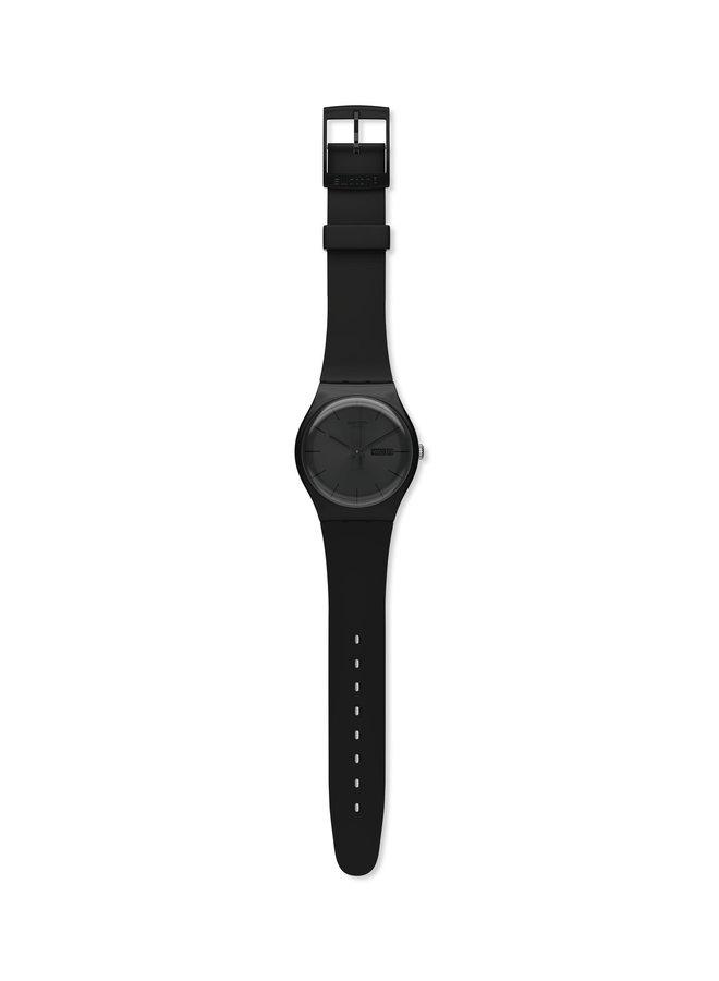 Swatch rebel fond noir bracelet silicone noir