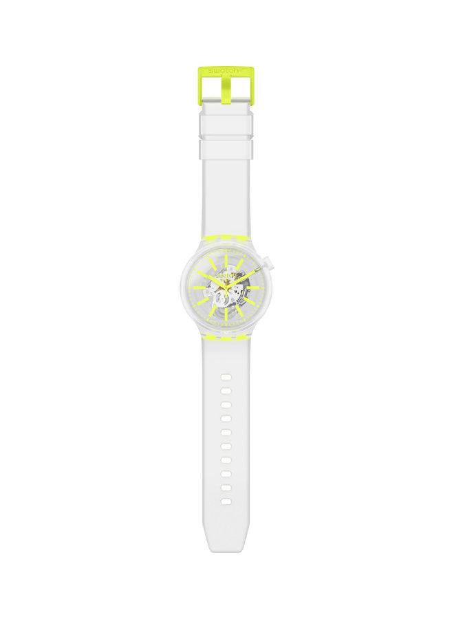 Swatch fond blanc et jaune bracelet silicone blanc 47mm