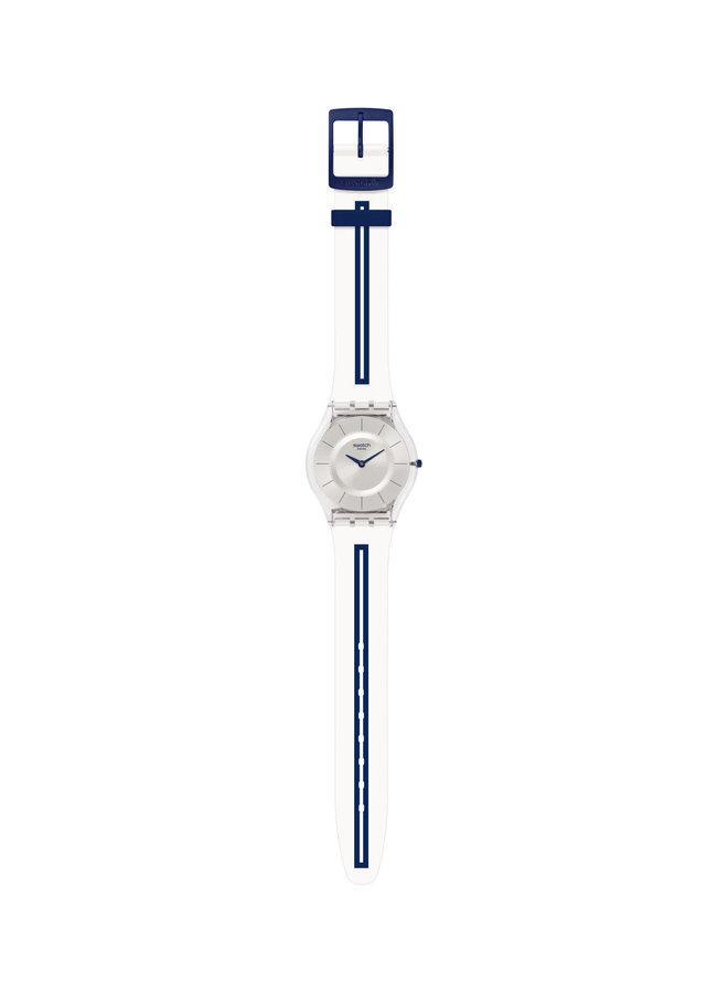 Swatch mediolino fond argent bracelet silicone blanc lignée bleu marine 34mm