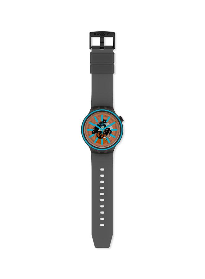Swatch fond orange et bleu bracelet caoutchouc anthracite  47mm