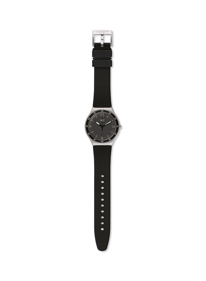 Swatch Classique acier inoxydable fond noir bracelet caoutchouc noir 43mm