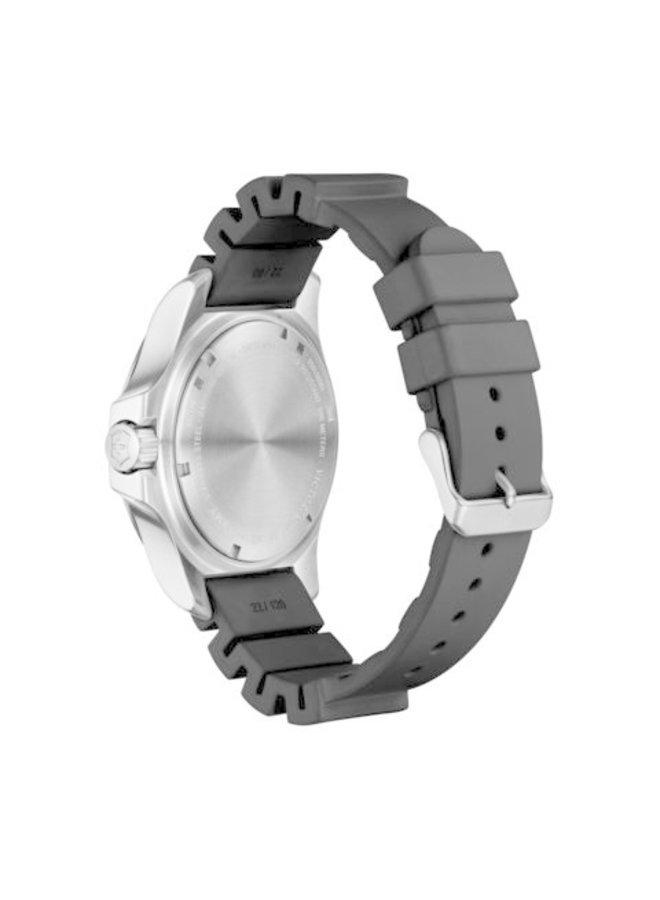 Victorinox swiss army acier fond noir bracelet caoutchouc noir 45mm