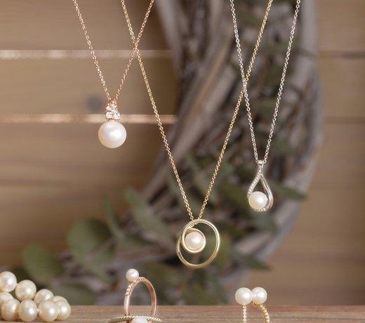 Bijoux avec perle