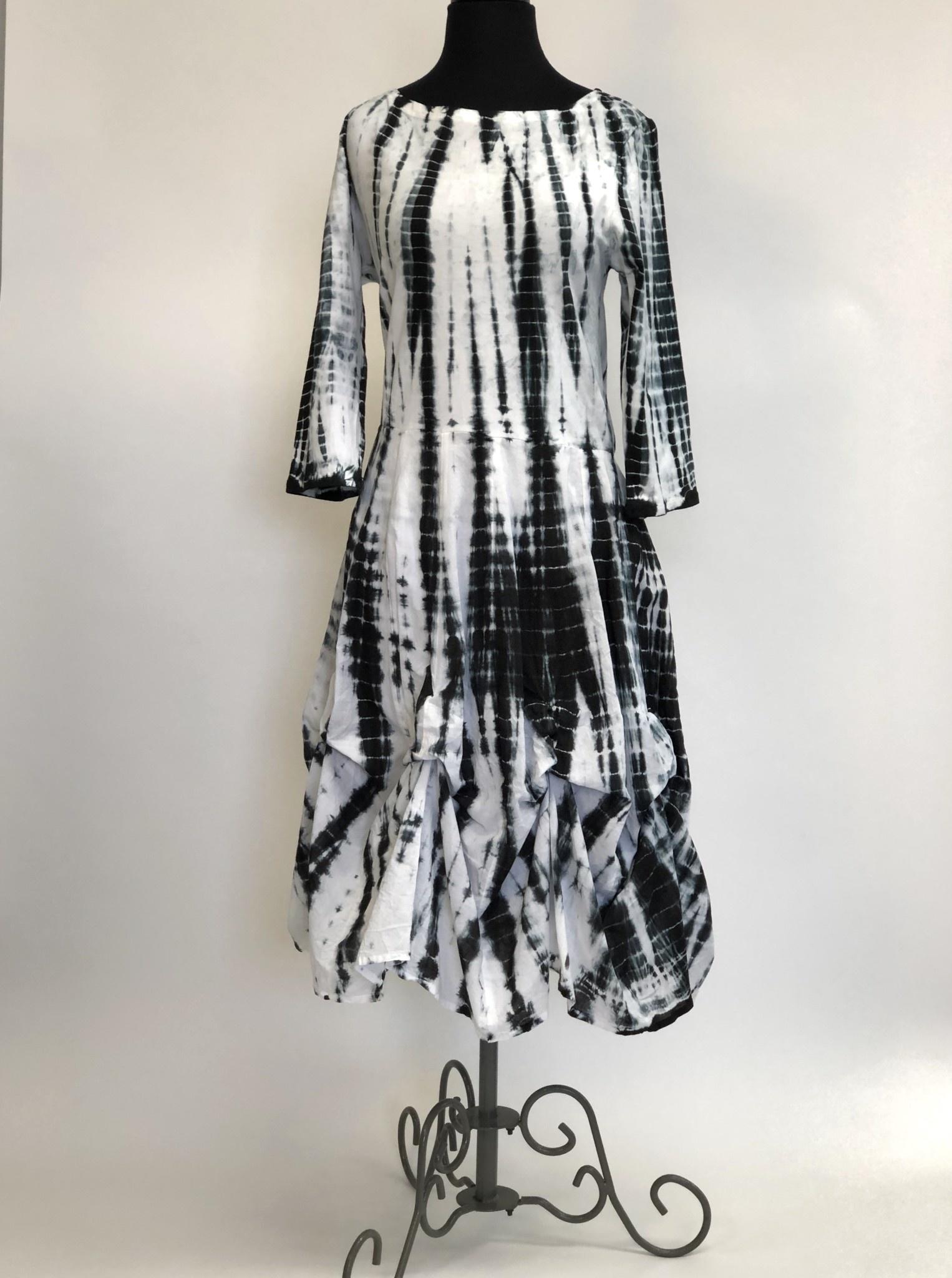 Shana 03 SHANA BUBBLE TIE DYE DRESS MED
