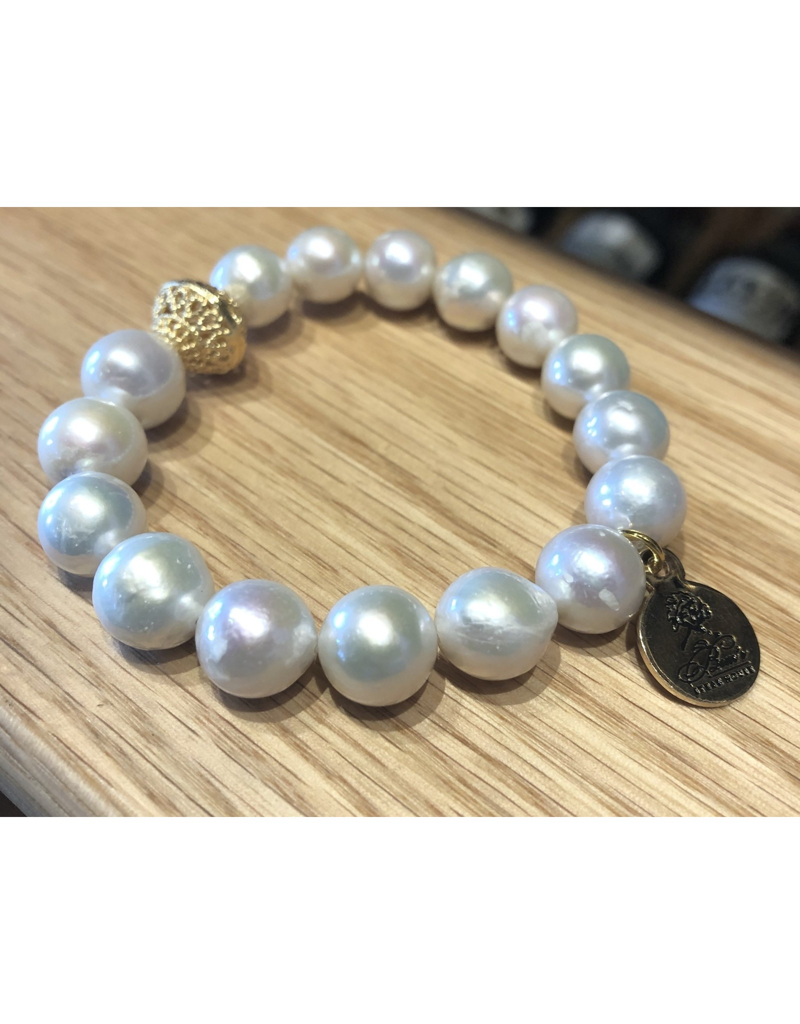 Bern's Evangeline Baroque Pearl Bracelet