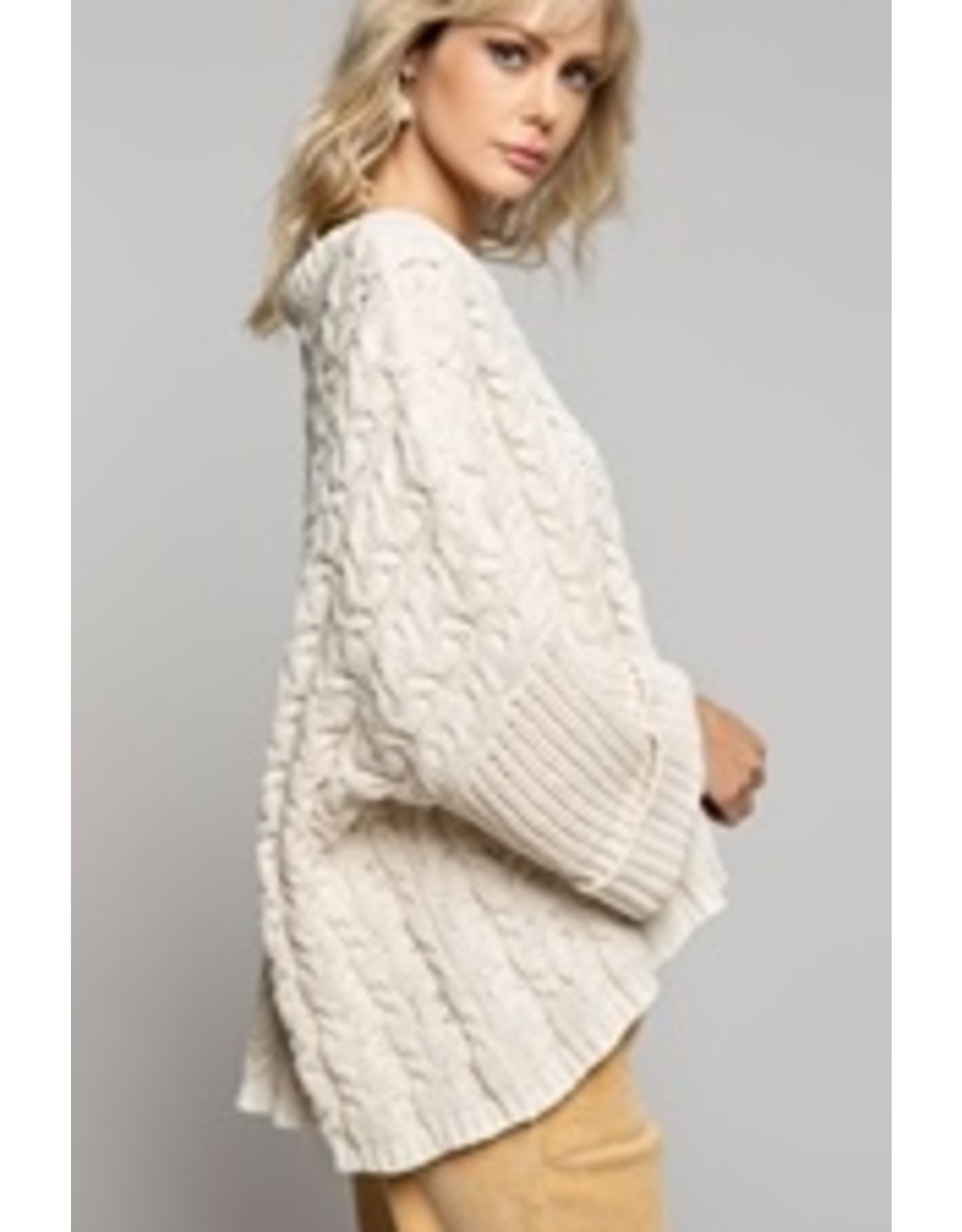 Oversized Cable Knit Pullover Sweater