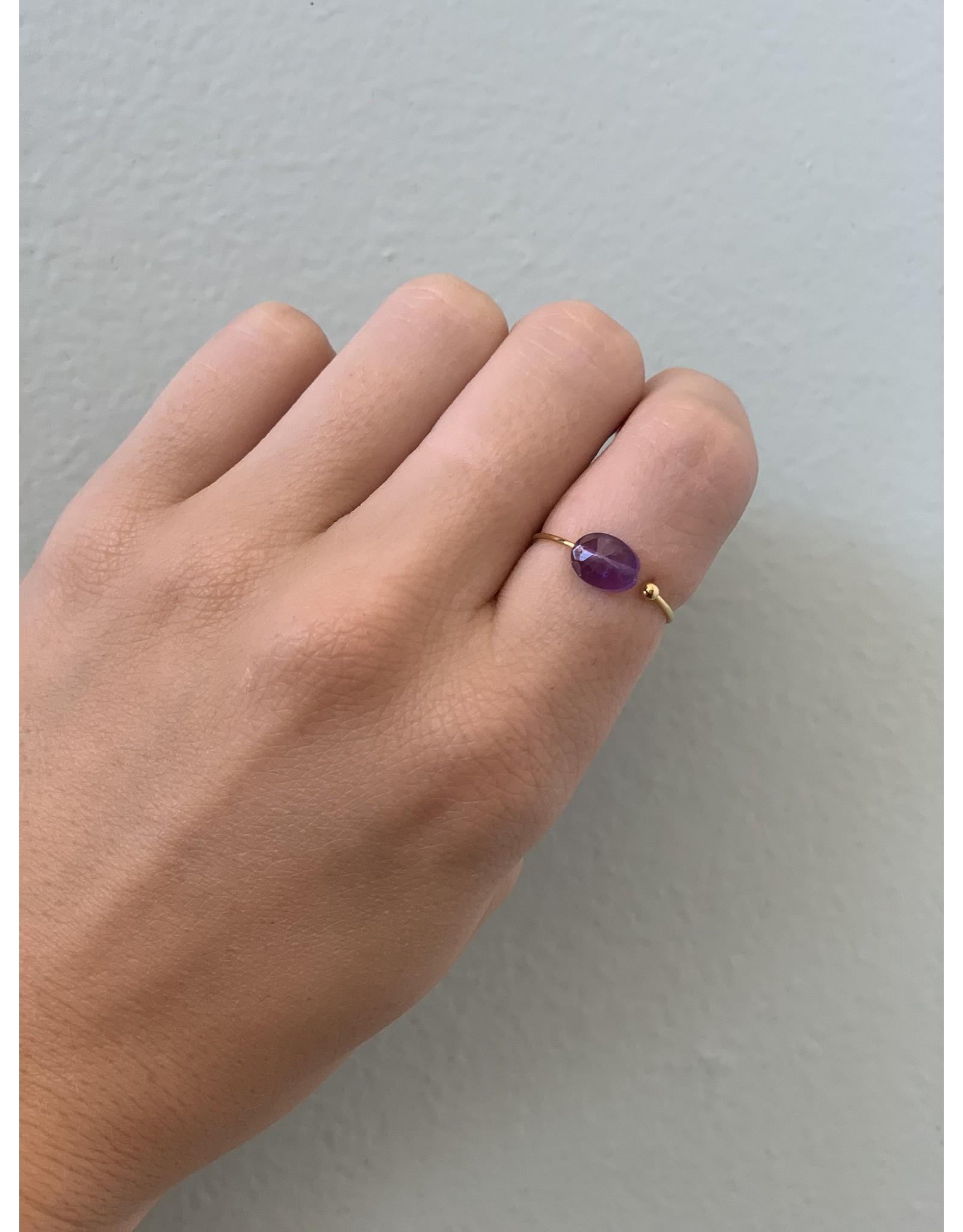 CAI Gold Oval Gemstone Ring, amethyst