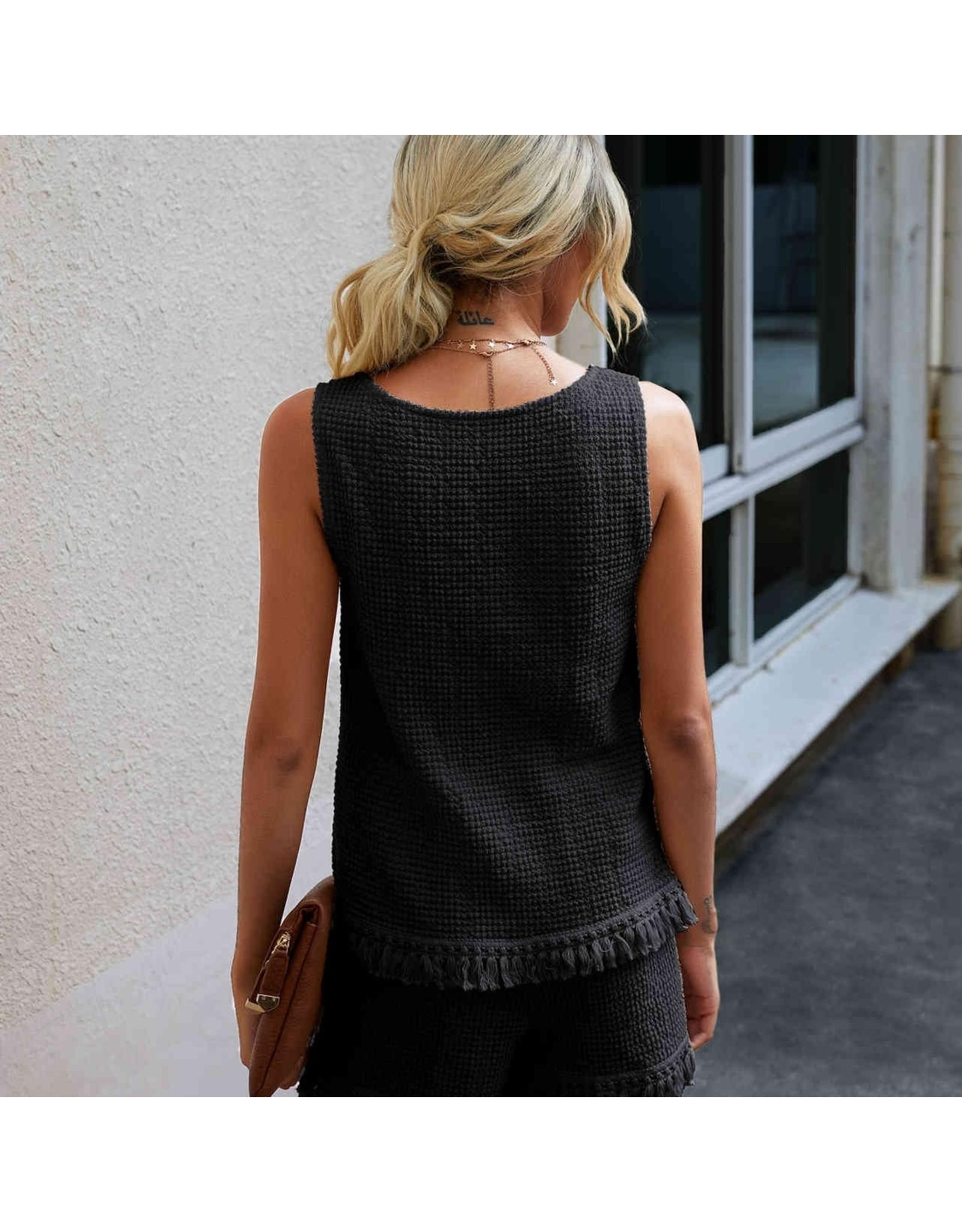 ePretty Loose Knit Shorts with Base Fringe