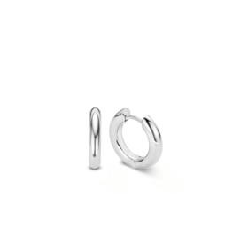 Essential Silver Huggie Earrings