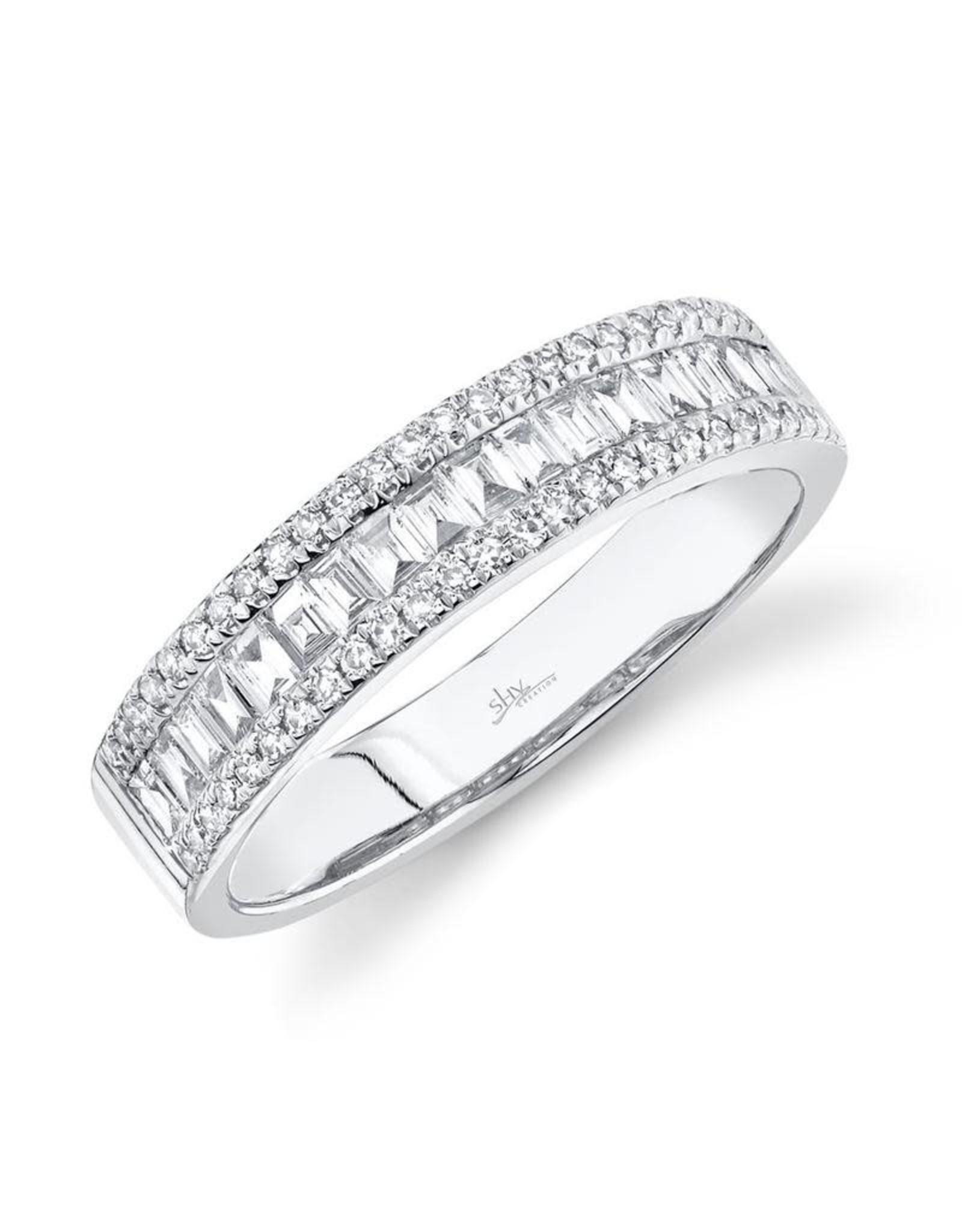 14K White Gold Baguette Diamond Band, D: 0.55ct