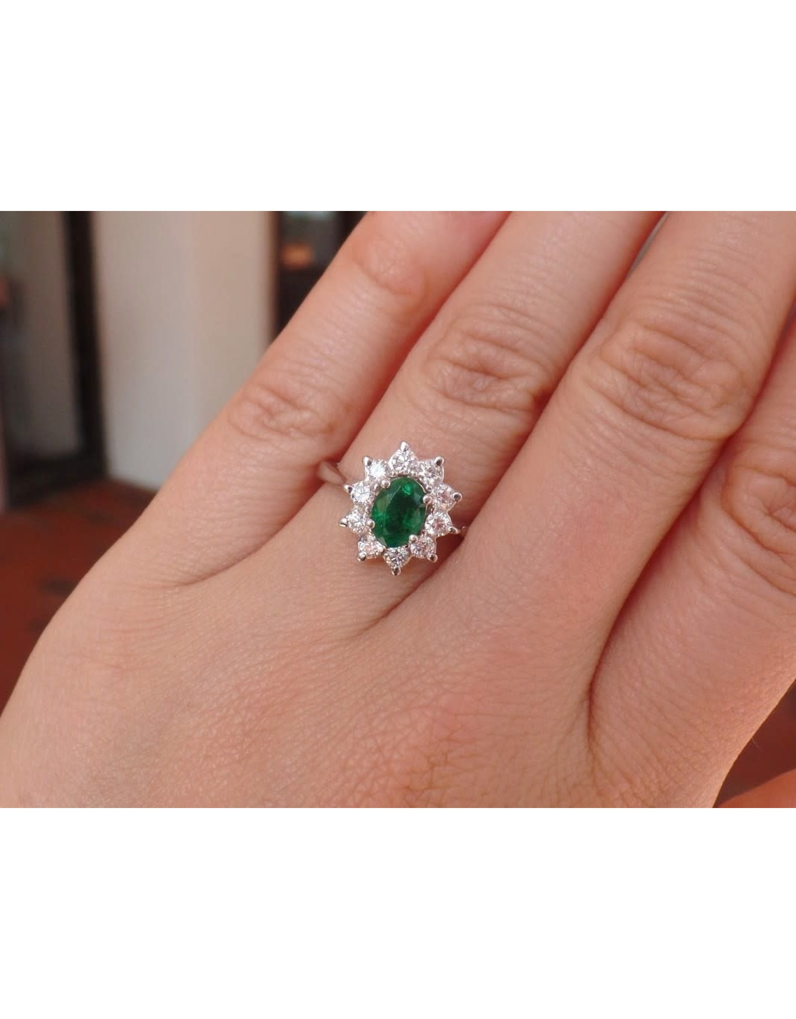 14K White Gold Emerald and Diamond Ring, E: 0.73cts,  D: 0.50cts