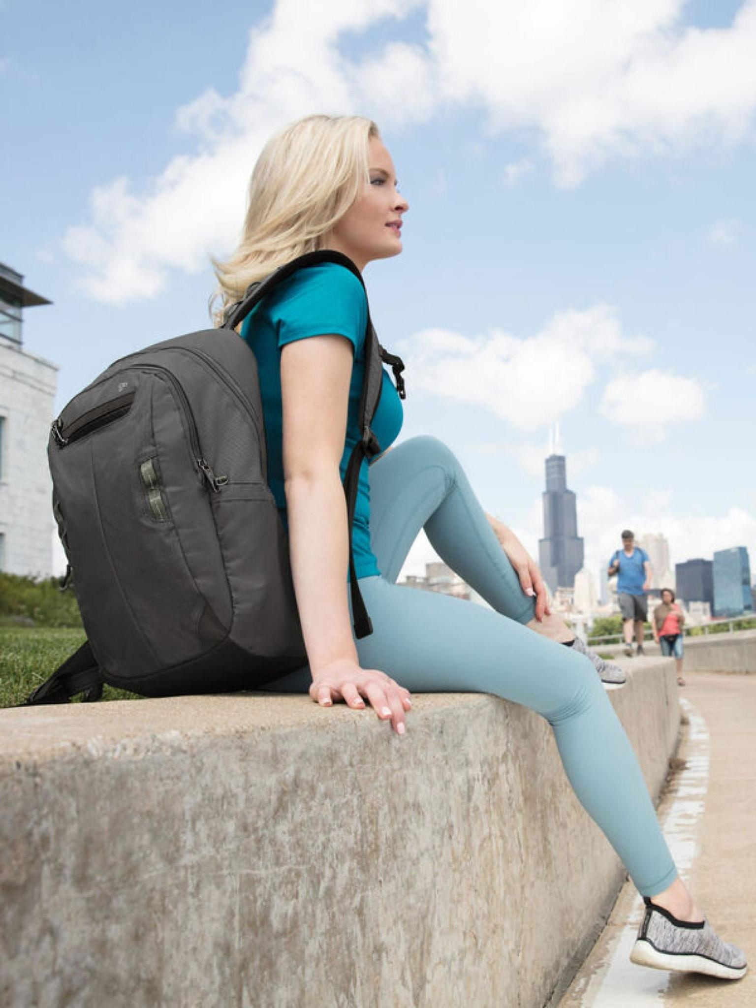 Travelon Anti-Theft Active Day Pack
