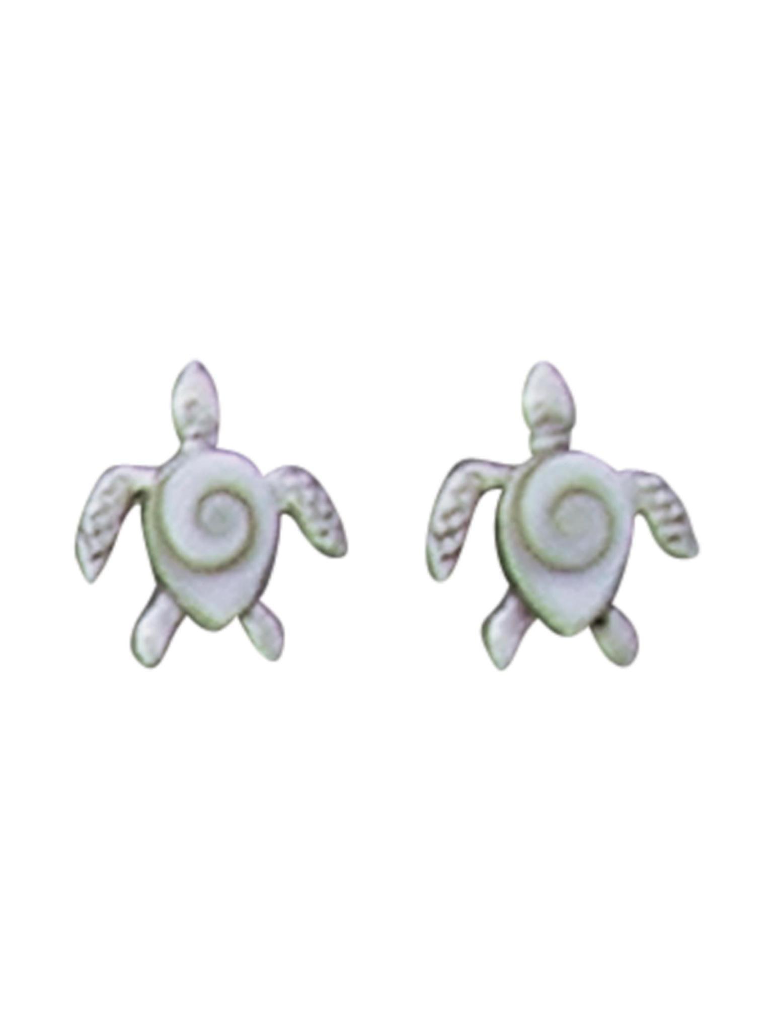 Acomo Jewelry Turtle Ear Stud w/ Shiva Shell