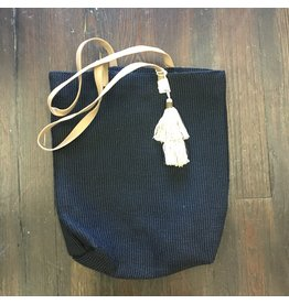 Lyla's: Clothing, Decor & More Jute Tote Bag: Black