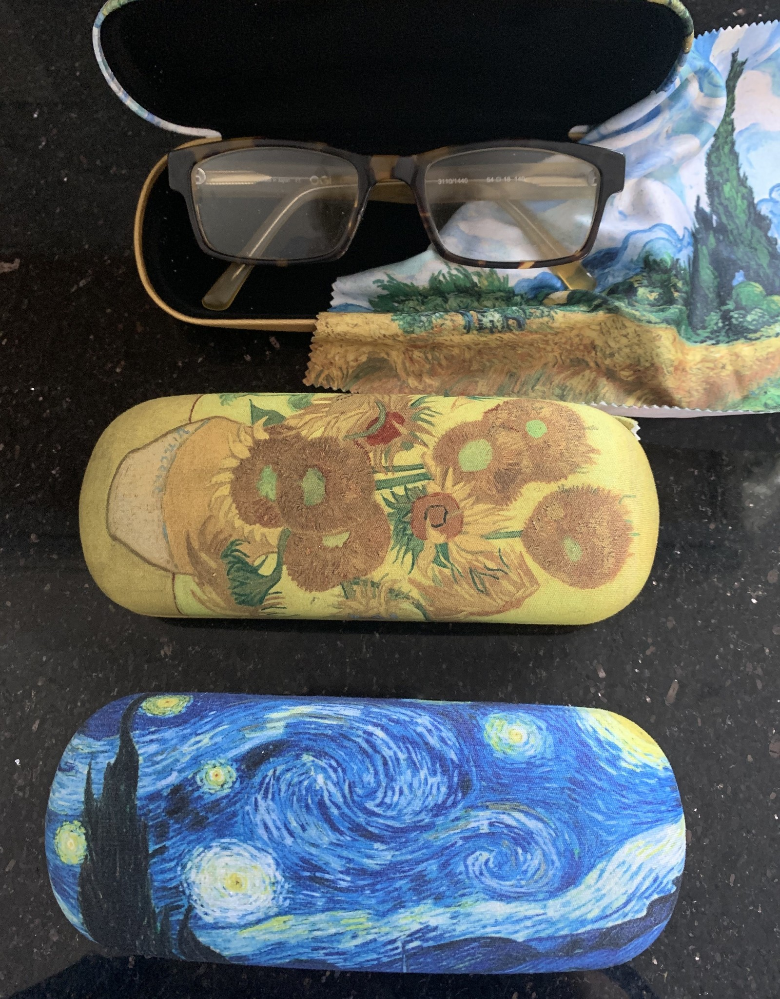GIFTCRAFT INC. Masterpiece Eyeglass Cases