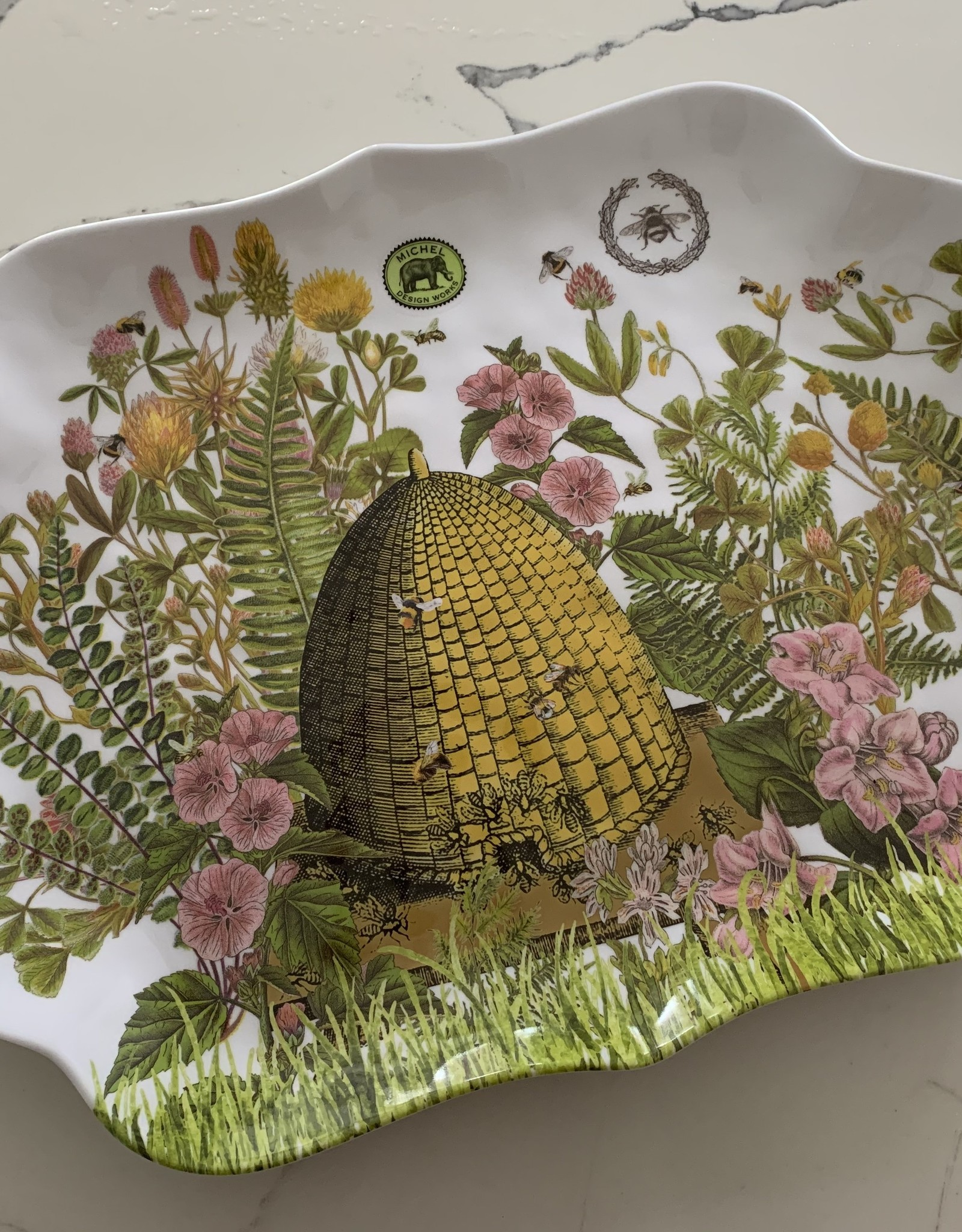MICHEL DESIGNS Honey and Clover Melamine Serving Tray