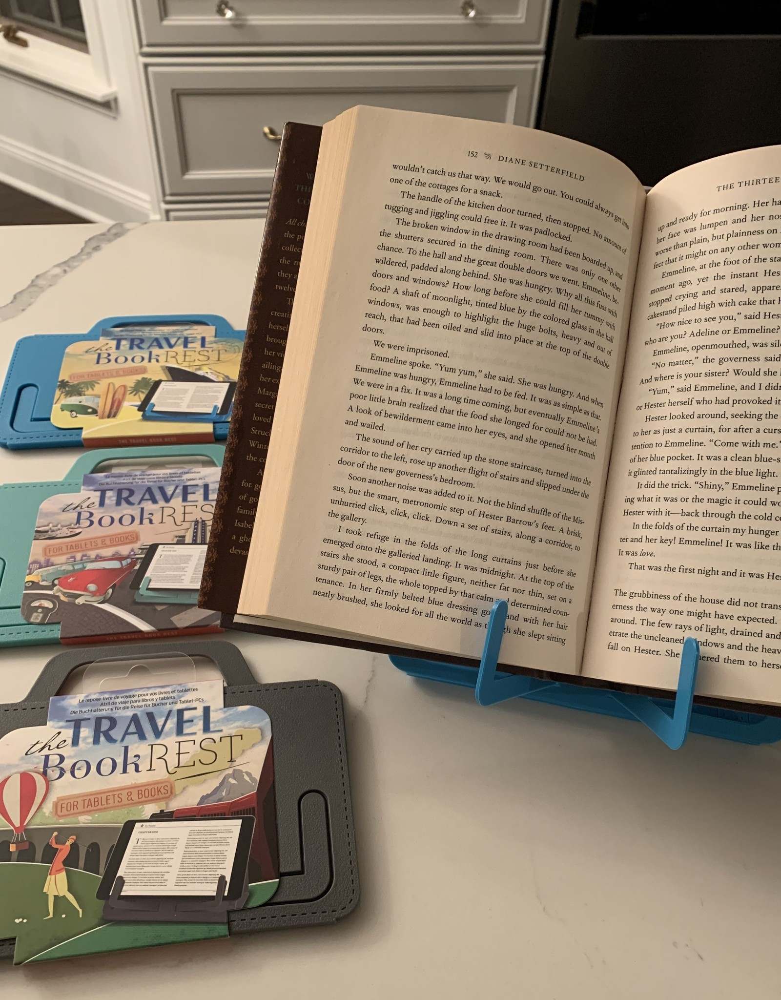 IF USA Travel Book Rest