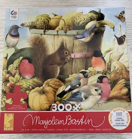 CEACO 300 pc MB Fall Squirrel Puzzle