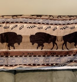CARSTEN'S ENTERPRISES Buffalo Plush Sherpa Throw Blanket
