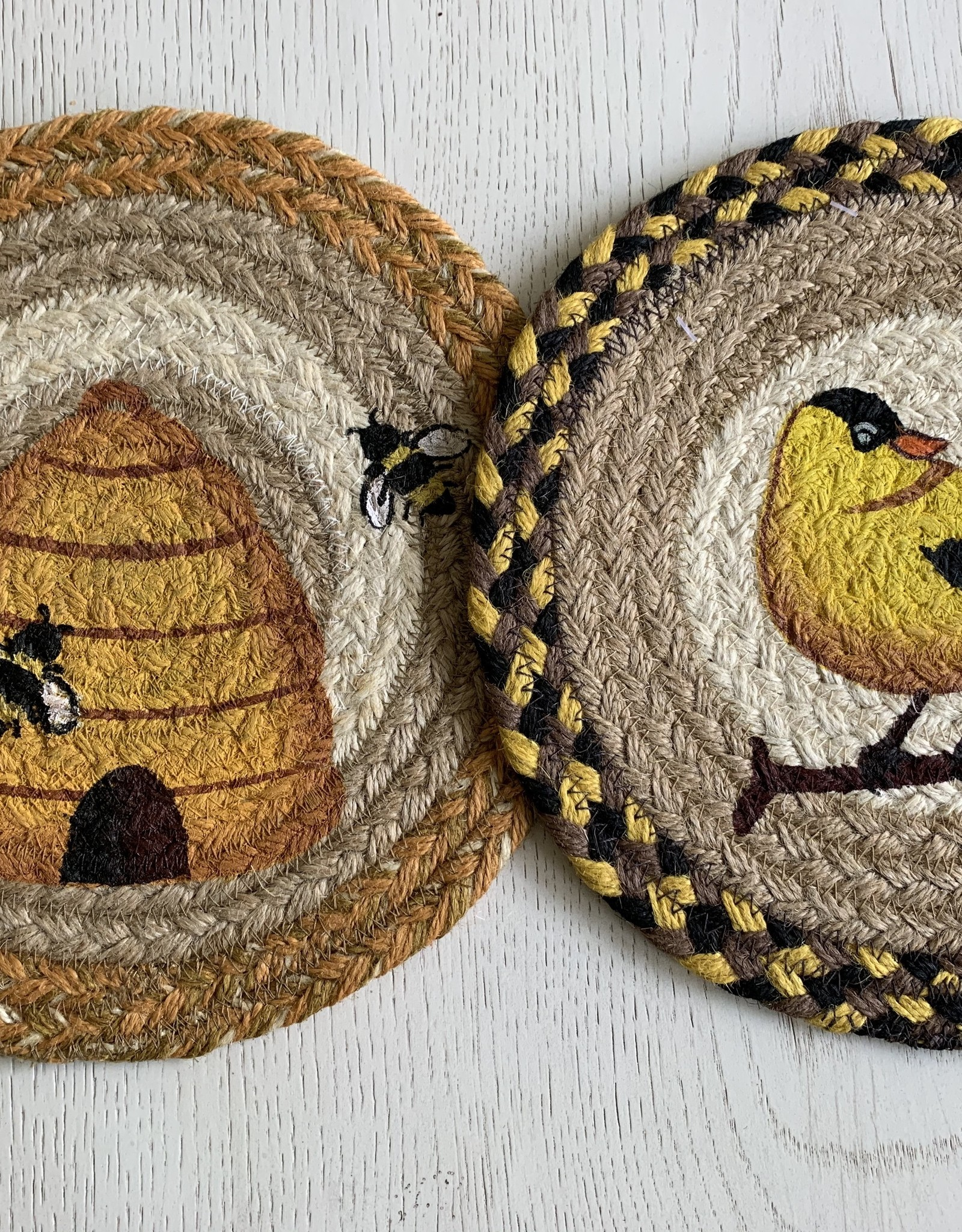 """CAPITOL IMPORTING CO Beehive 10"""" Woven Trivet"""