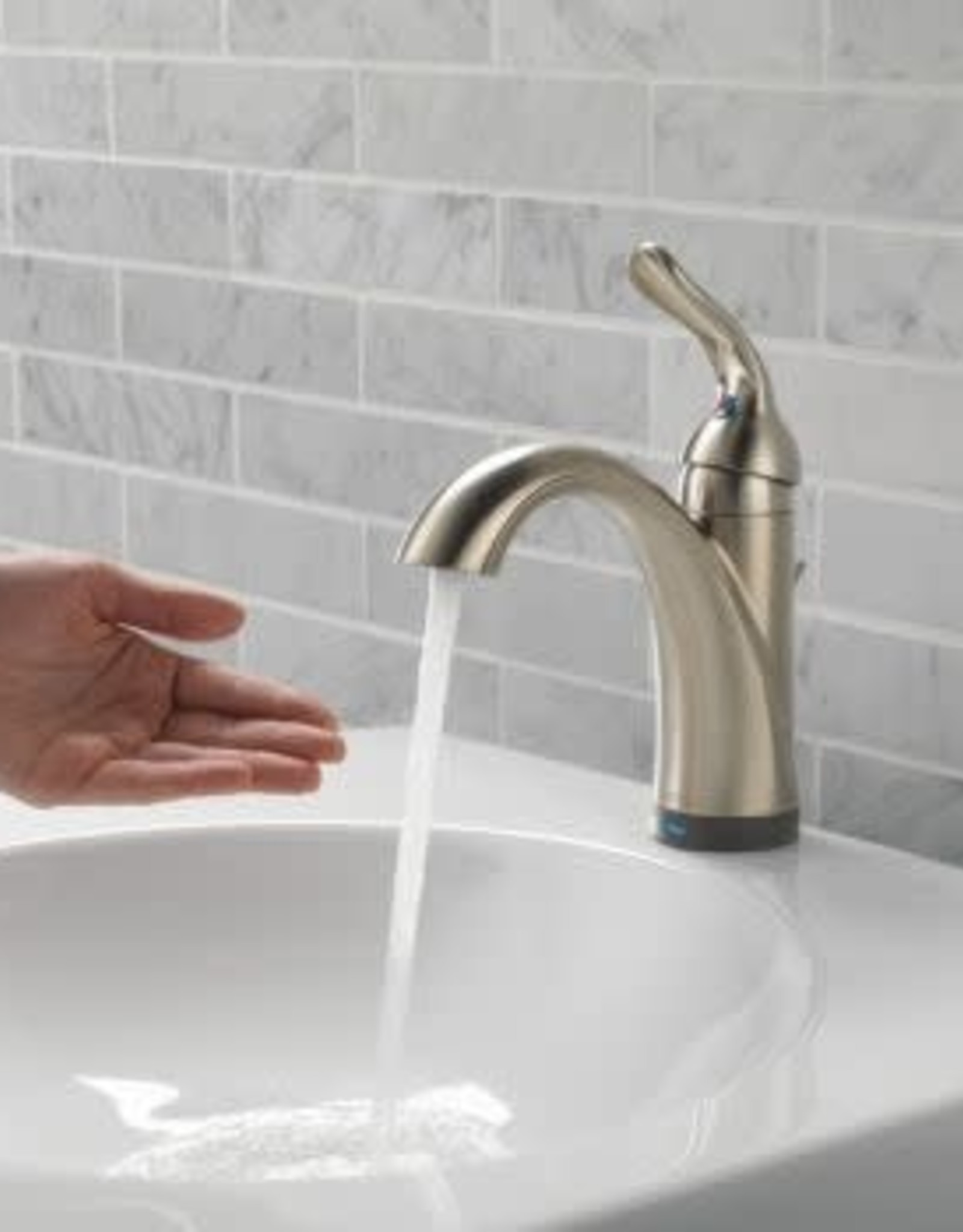 Delta DELTA LAHARA - BRILLIANCE STAINLESS SINGLE HANDLE TOUCH2O LAVATORY FAUCET