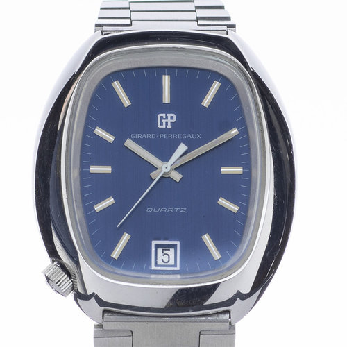 Girard-Perregaux Watch Rare Crown Placement at 7:00