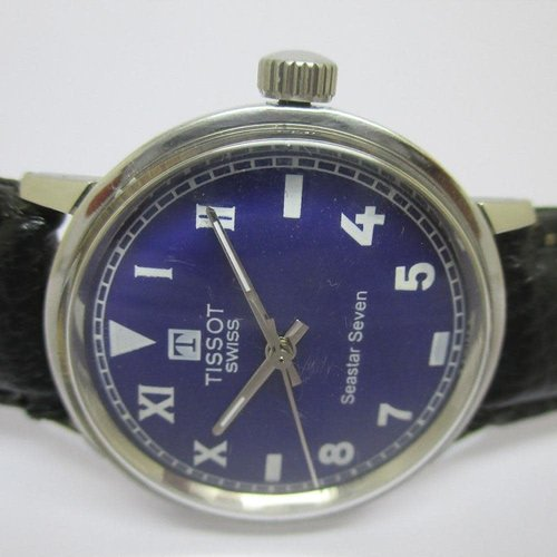 Tissot Vintage Seastar Seven Watch with Stunning Blue Dial and 32mm Case - Circa 1980