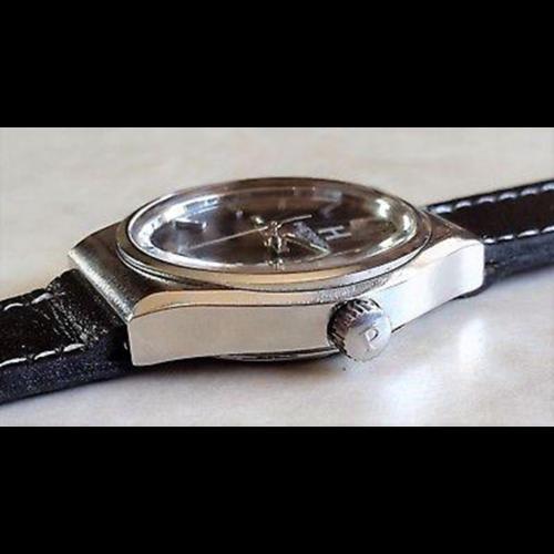Hermès Paris Black Dial With Calendar Steel Case Circa 1950