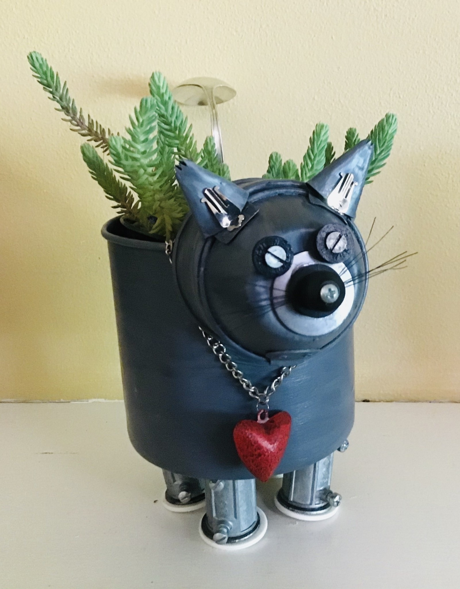 Karen Friedstrom Charlie-Kitty Planter