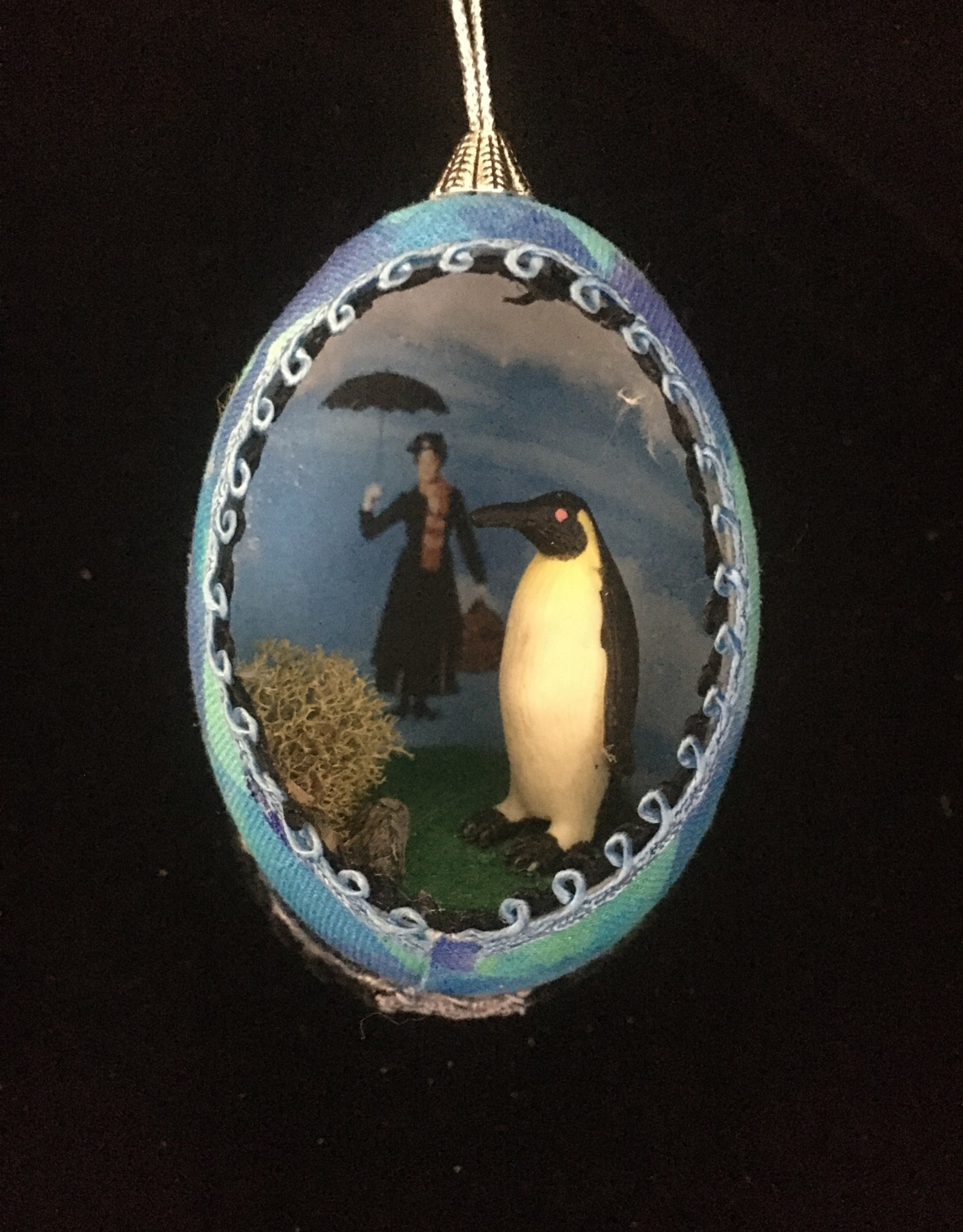 Ammi Brooks Mary Poppins Real Egg Ornament