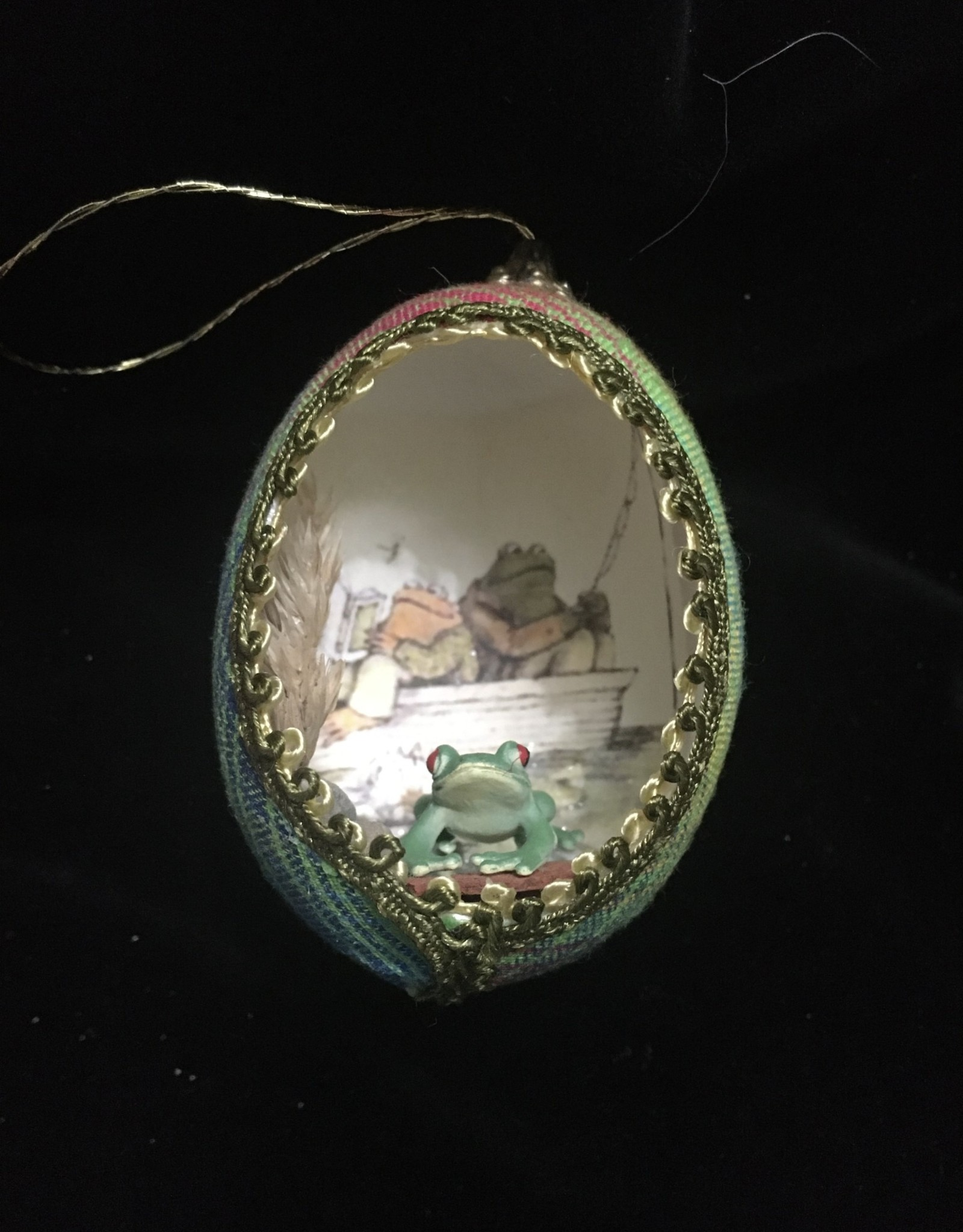 Ammi Brooks Frog and Toad Fishing Real Egg Ornament