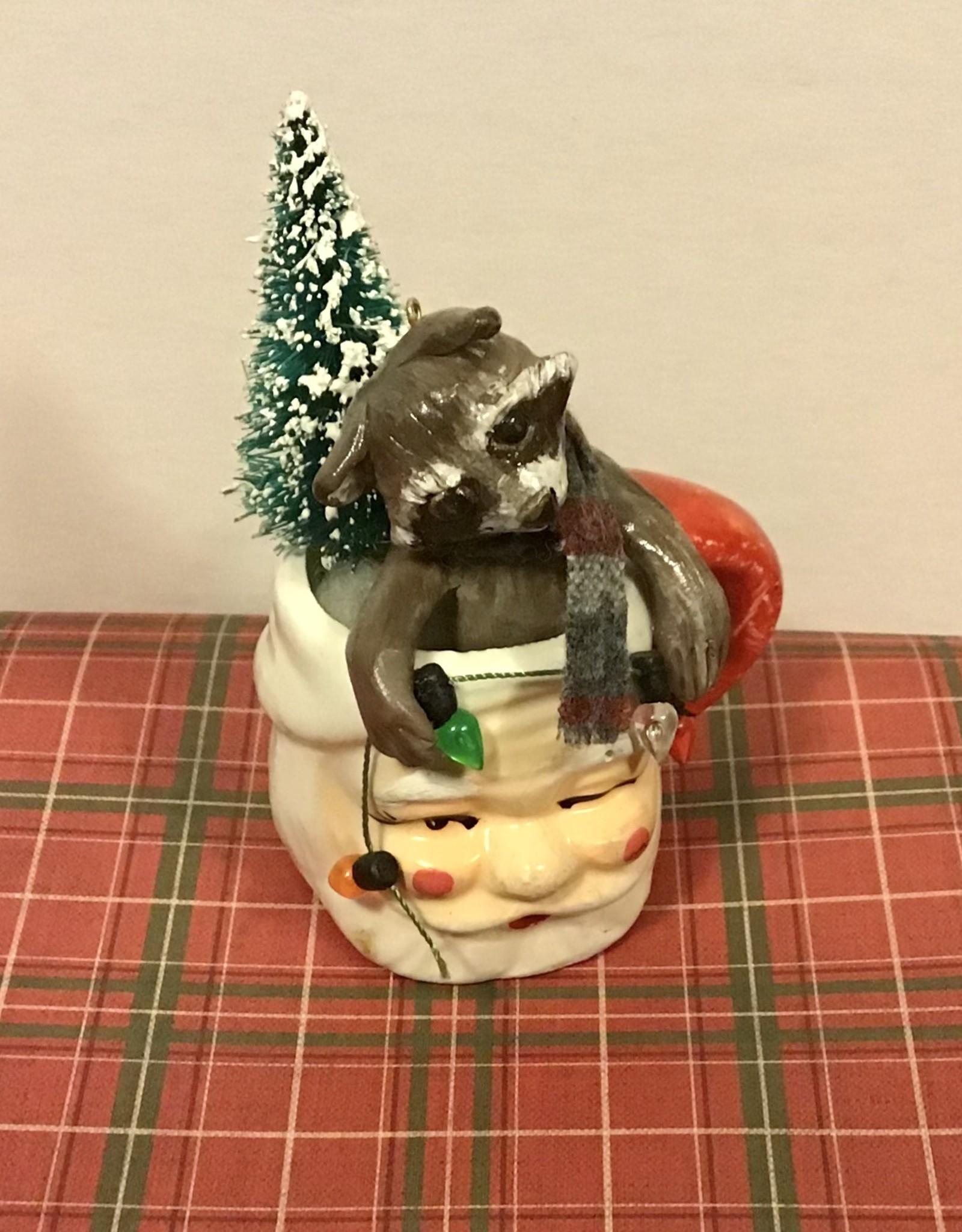 Karen Friedstrom Chutney, Christmas raccoon