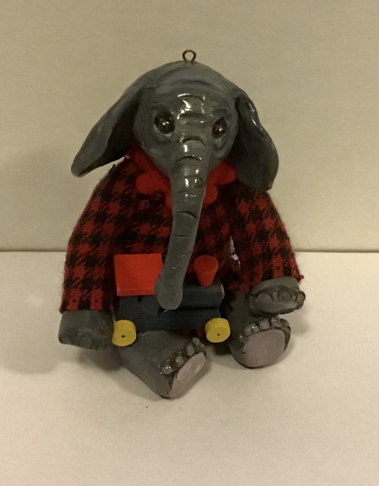 Karen Friedstrom Dutch, Christmas elephant
