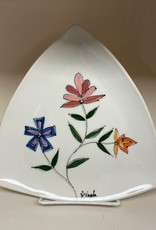 Anshula Tayal Amaati painted flower traingle plate