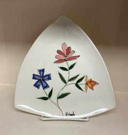 Anshula Tayal Amaati painted flower traingle plate