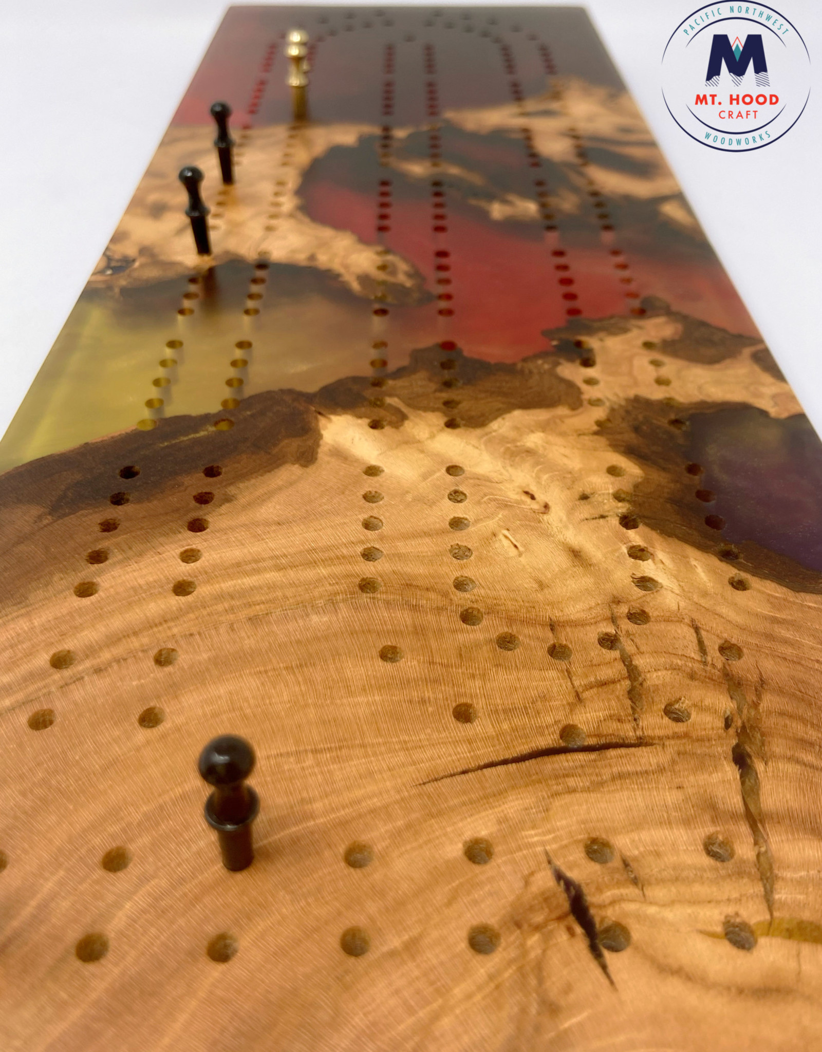 """Ron and Ellie Purvis MHC - """"Fawkes"""" Cribbage Board"""
