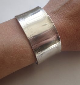 Lilly Parker Hammered Cuff, Sterling Silver