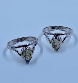 Sm Labradorite Raindrop Ring