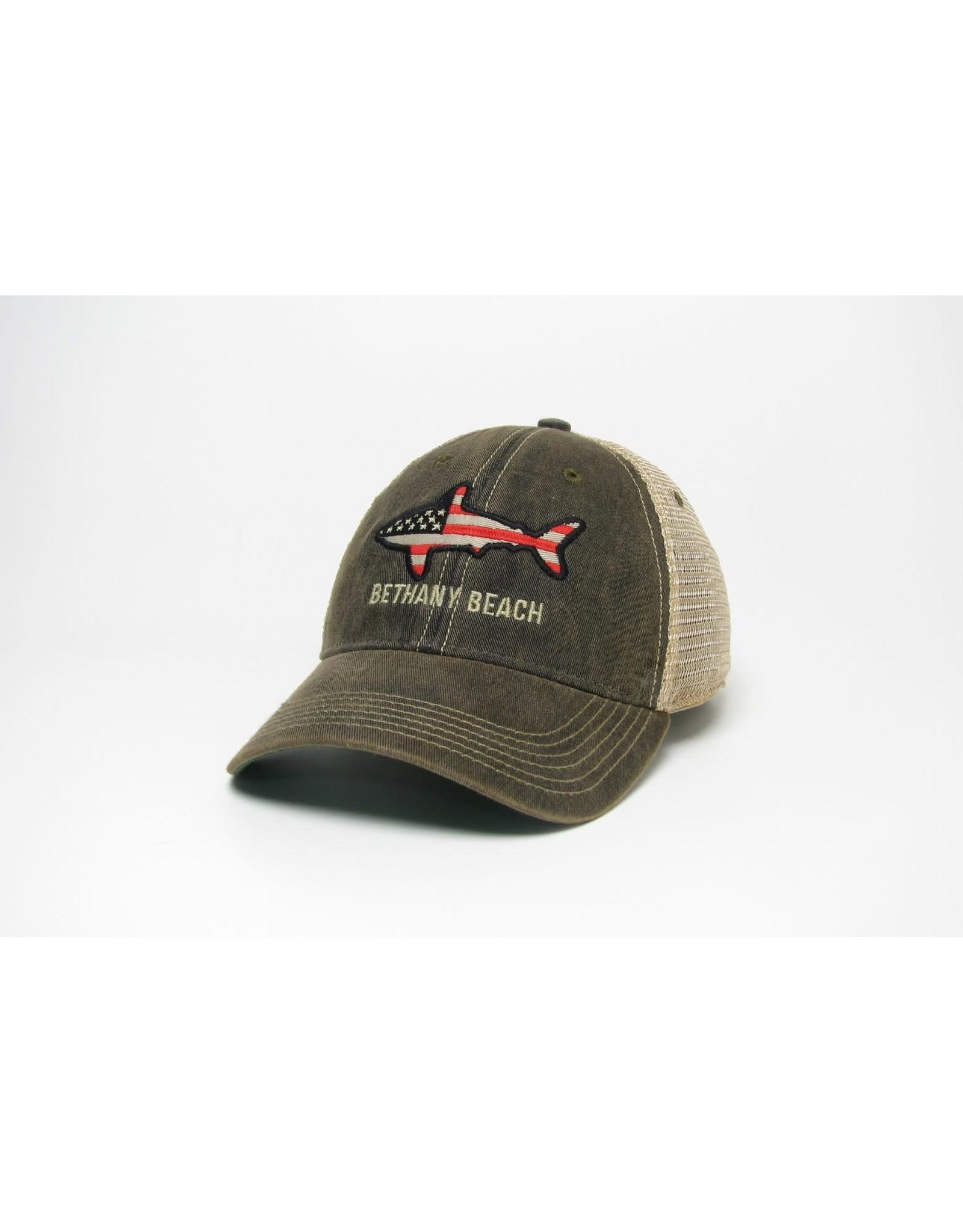 LEGACY ATHLETICS BETHANY LEGACY OLD FAVORITE TRUCKER HAT BLACK FLAG SHARK