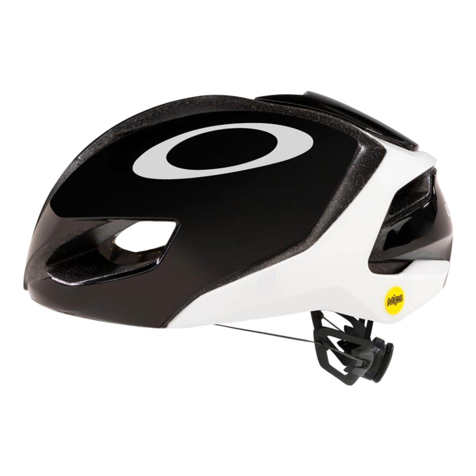 Oakley Oakley ARO5 Black/White MEDIUM