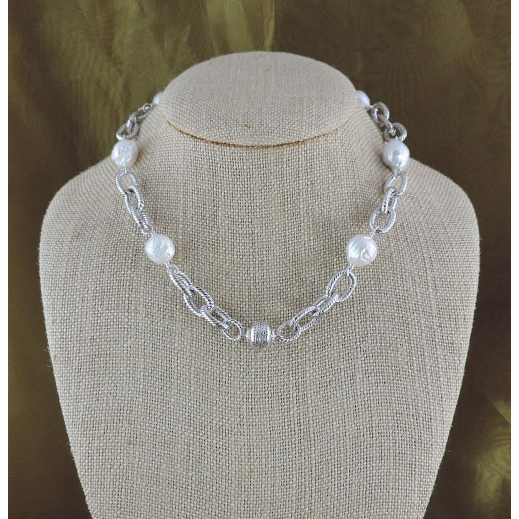 """Casuals Fairhope 16"""" Silver Link and Baroque Pearl Necklace with Magnetic Clasp"""